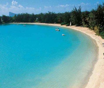 Mauricius Sever Merville Beach