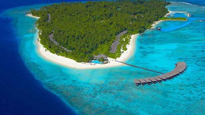 Dovolená Maledivy - Filitheyo Island Resort****