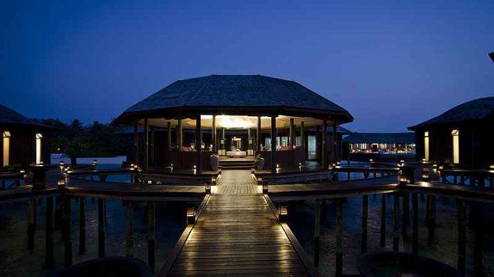 Dovolená Maledivy - Lily Beach Resort and Spa*****