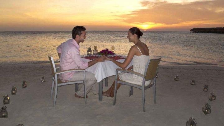 Maledivy Vilamendhoo Island Resort Spa