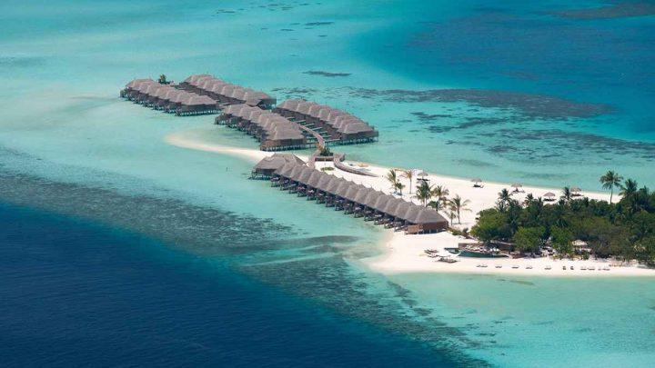 Dovolená Maledivy - Constance Moofushi*****