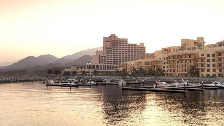 Dovolená Spojené arabské emiráty - Fairmont Fujairah Beach Resort*****