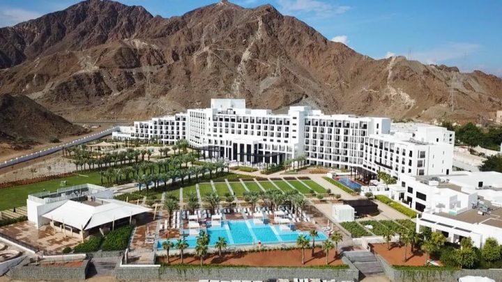Dovolená Spojené arabské emiráty - InterContinental Fujairah Resort*****