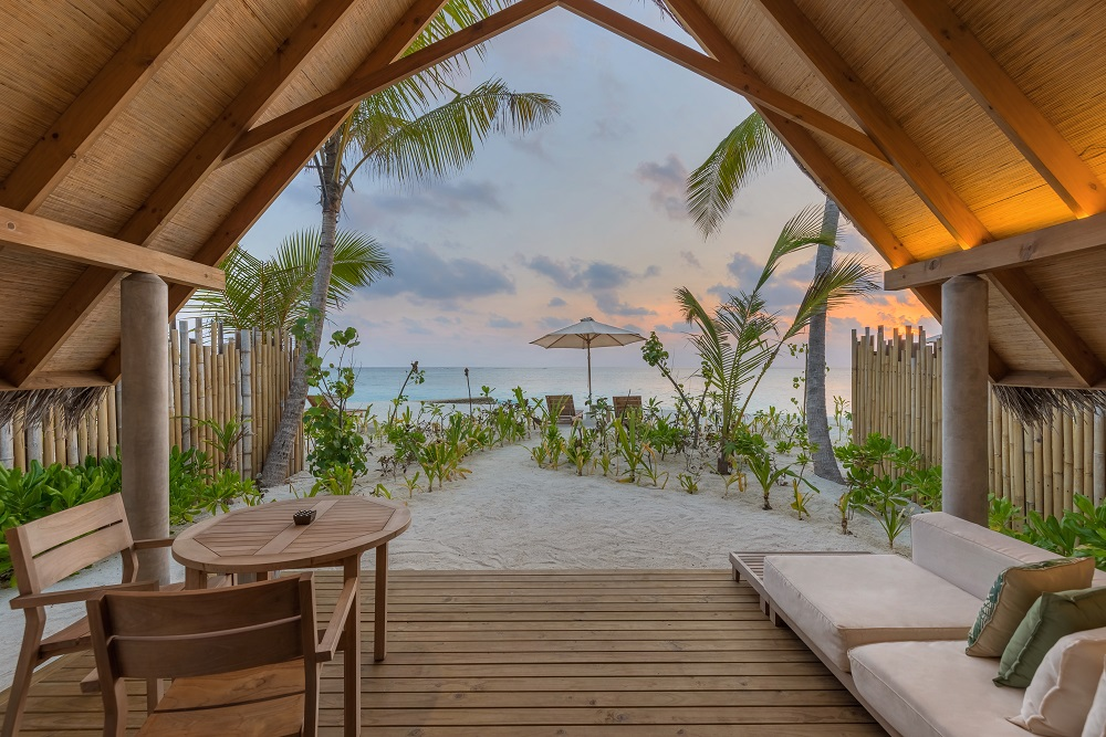 Beach Villa Sunset, Fushifaru Maldives, Maledivy