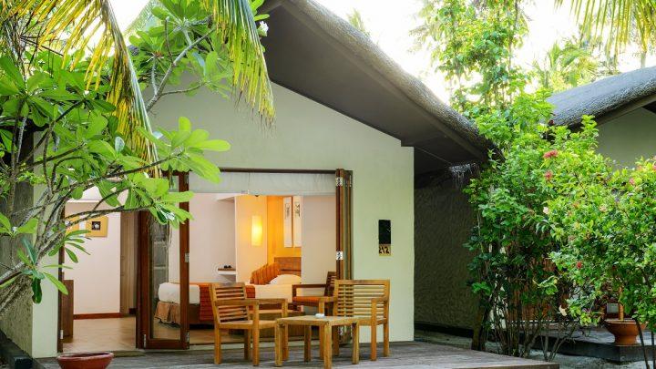 Beach Villa, Adaaran Select Hudhuran Fushi, Maledivy